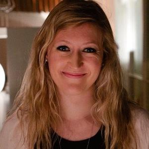 Caroline Dell