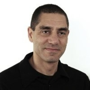 Robbie Vann-Adibé